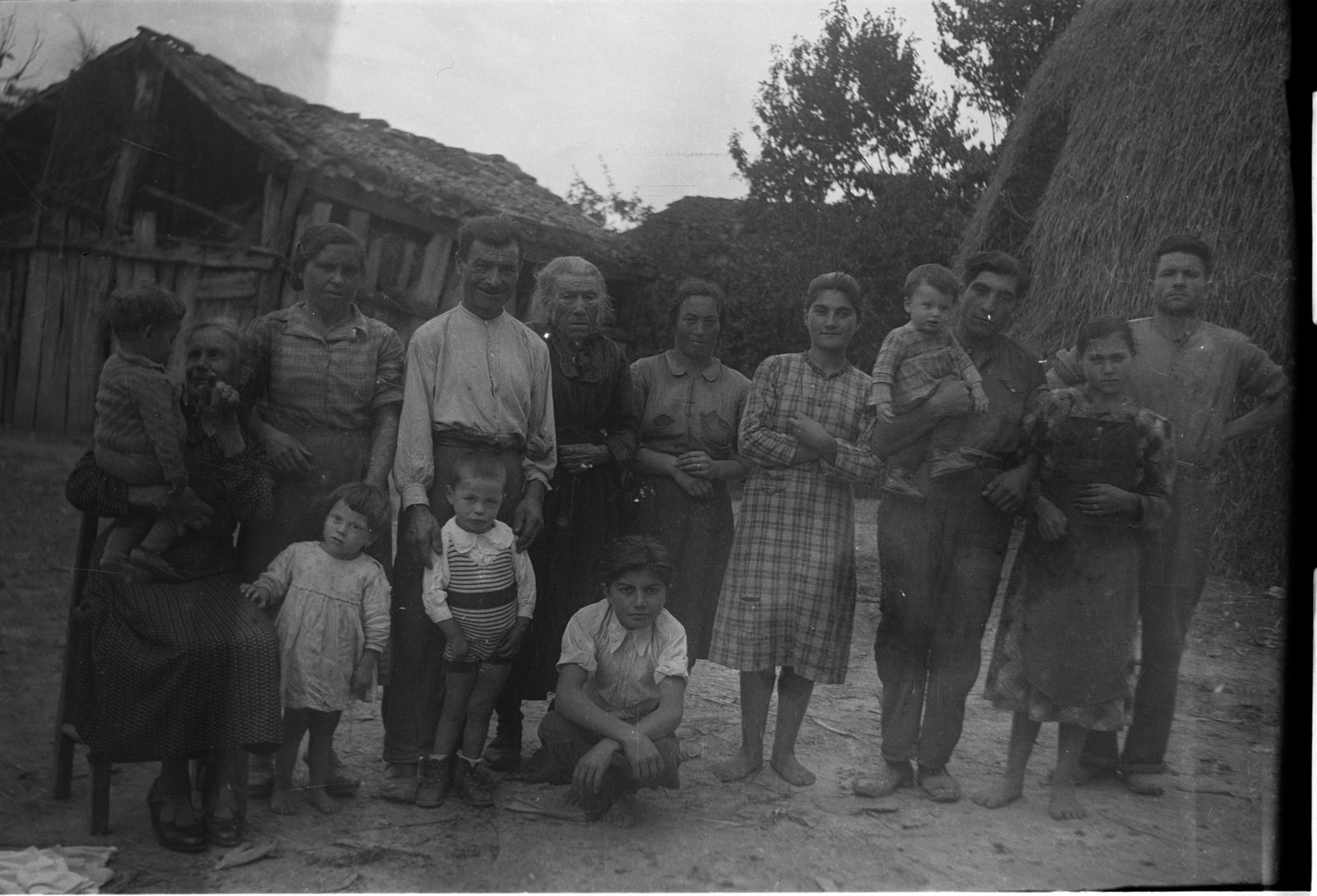 Foto di famiglia in campagna